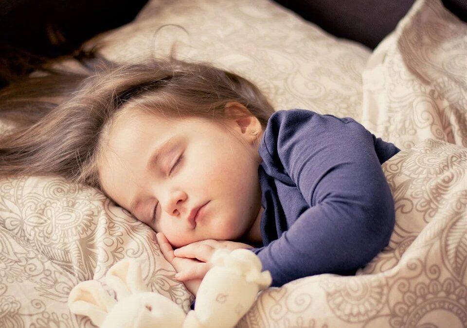 poduszka i koldra najlepsza dla dziecka 960x675